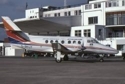 AR00353